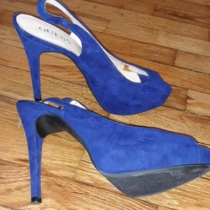 GUESS colbot blue open toe pump with strap